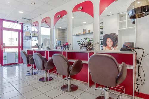 Salon de coiffure Hollycurl